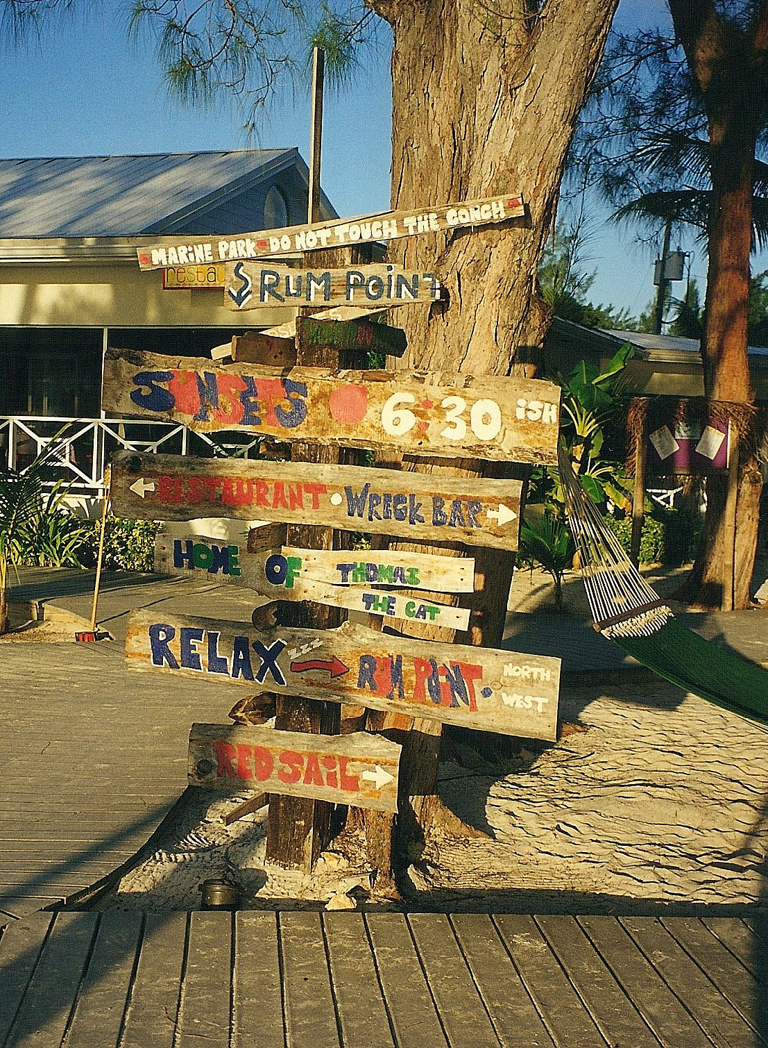 Way finding at Rum Point_Grand Cayman