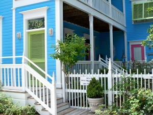 And more great colors ~ love the lime green shutters!