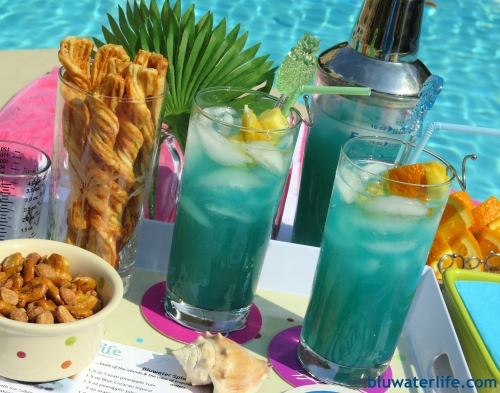 bluwatersplash with Cruzan Pineapple rum