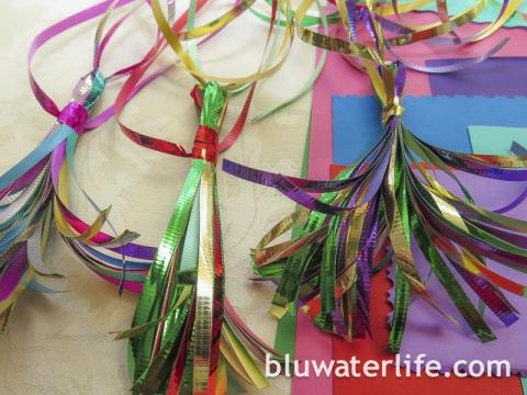 Ribbon Tassel Giftwrap
