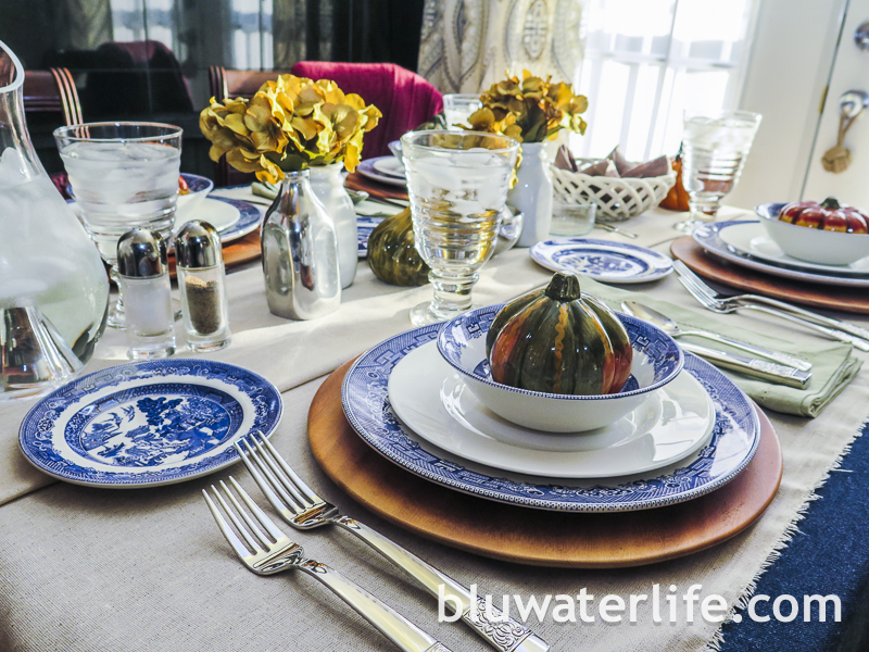 bluwaterlife Thanksgiving table 2014