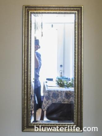 DIY Bottlecap Mirror Frame